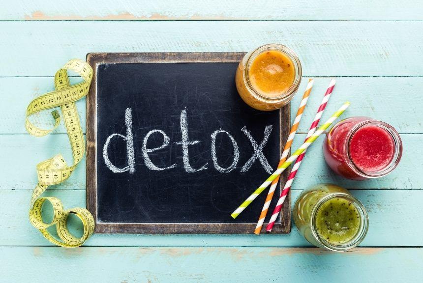 nước detox trẻ hóa làm da và làm đẹp tại nhà
