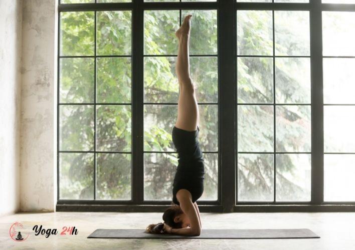 Yoga giảm cân trồng chuối
