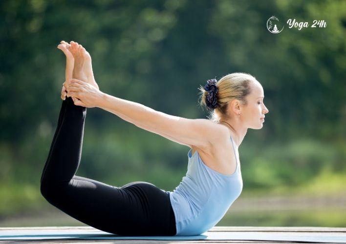 Yoga giảm cân tư thế cánh cung