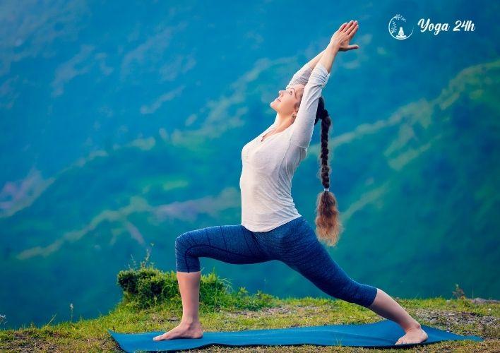 Yoga giảm cân tư thế chiến binh 1