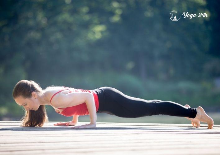 yoga giảm cân tư thế hạ ngực