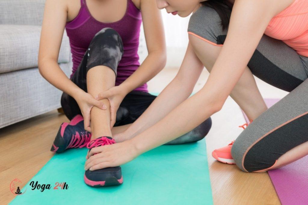 Rủi ro chấn thương khi tập yoga